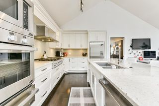 """Photo 13: 4 4055 INDIAN RIVER Drive in North Vancouver: Indian River Townhouse for sale in """"Winchester"""" : MLS®# R2473750"""