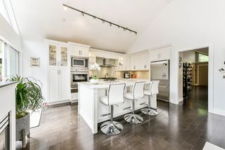 """Photo 10: 4 4055 INDIAN RIVER Drive in North Vancouver: Indian River Townhouse for sale in """"Winchester"""" : MLS®# R2473750"""