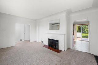 Photo 3: 291 Homer Rd in Saanich: SW Tillicum House for sale (Saanich West)  : MLS®# 843937