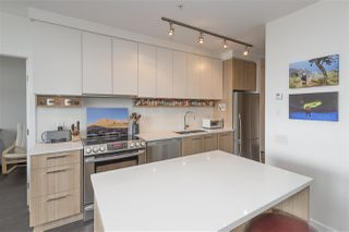 "Photo 8: 510 4310 HASTINGS Street in Burnaby: Willingdon Heights Condo for sale in ""UNION"" (Burnaby North)  : MLS®# R2479104"