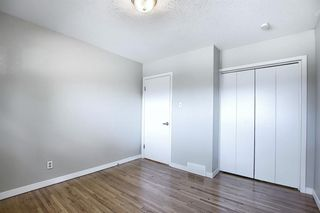 Photo 17: 9916 WALROND Road SE in Calgary: Willow Park Detached for sale : MLS®# A1022875