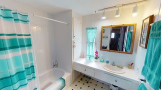 Photo 9: 4-1498 ADMIRALS ROAD  |  MOBILE HOME FOR SALE