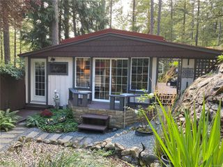 Photo 2: UNIT 12 - HIDDEN VALLEY MANUFACTURED HOME FOR SALE