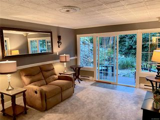 Photo 15: UNIT 12 - HIDDEN VALLEY MANUFACTURED HOME FOR SALE