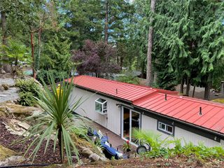 Photo 23: UNIT 12 - HIDDEN VALLEY MANUFACTURED HOME FOR SALE