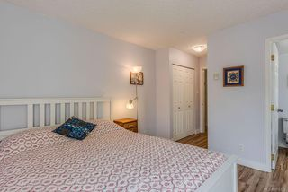 Photo 18: 307 2710 Grosvenor Rd in : Vi Oaklands Condo Apartment for sale (Victoria)  : MLS®# 855712