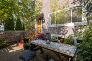 Photo 4: 503 ATLANTIC Street in Vancouver: Strathcona House for sale (Vancouver East)  : MLS®# R2505683