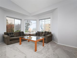 Photo 2: 1049 Stellys Cross Rd in : CS Brentwood Bay House for sale (Central Saanich)  : MLS®# 857812
