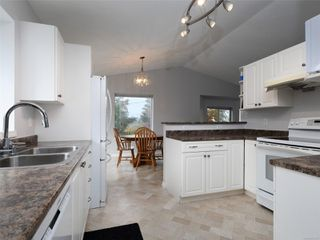 Photo 10: 1049 Stellys Cross Rd in : CS Brentwood Bay House for sale (Central Saanich)  : MLS®# 857812