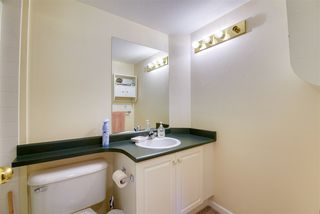 """Photo 3: 406 13780 76 Avenue in Surrey: East Newton Condo for sale in """"Earls Court"""" : MLS®# R2515734"""
