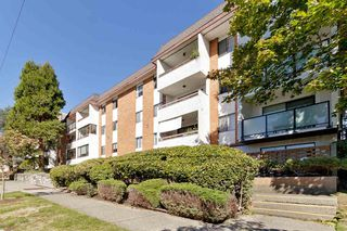 "Photo 2: 206 515 ELEVENTH Street in New Westminster: Uptown NW Condo for sale in ""Magnolia Manor"" : MLS®# R2518620"