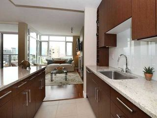 Photo 3: 703 1333 W 11TH Avenue in VANCOUVER: Fairview VW Condo for sale (Vancouver West)  : MLS®# V971816