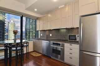 Photo 4: 704 1333 W GEORGIA Street in Vancouver: Coal Harbour Condo for sale (Vancouver West)  : MLS®# V995092