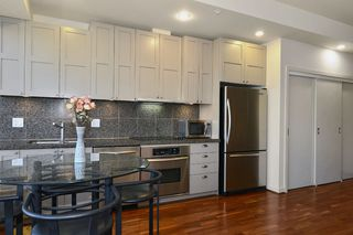 Photo 5: 704 1333 W GEORGIA Street in Vancouver: Coal Harbour Condo for sale (Vancouver West)  : MLS®# V995092