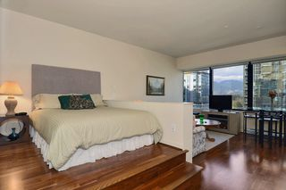 Photo 6: 704 1333 W GEORGIA Street in Vancouver: Coal Harbour Condo for sale (Vancouver West)  : MLS®# V995092