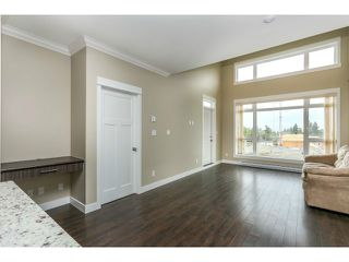 """Photo 7: 313 6888 ROYAL OAK Avenue in Burnaby: Metrotown Condo for sale in """"KABANA"""" (Burnaby South)  : MLS®# V1028081"""