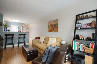 Photo 4: #411-688 East 16th Avenue in Vancouver: Fraser VE Condo for sale (Vancouver East)  : MLS®# V1043109