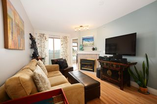 Photo 7: #411-688 East 16th Avenue in Vancouver: Fraser VE Condo for sale (Vancouver East)  : MLS®# V1043109