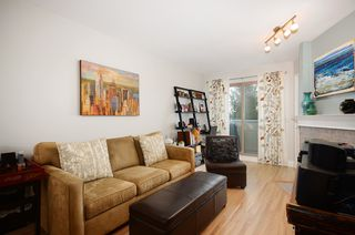 Photo 5: #411-688 East 16th Avenue in Vancouver: Fraser VE Condo for sale (Vancouver East)  : MLS®# V1043109