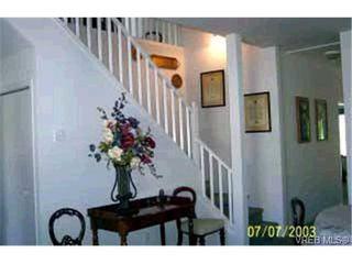 Photo 9: 10 3633 Cedar Hill Road in VICTORIA: SE Cedar Hill Townhouse for sale (Saanich East)  : MLS®# 179075