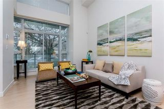 Photo 2: 408 E 11 Avenue in Vancouver: Mount Pleasant VE Townhouse for sale (Vancouver East)  : MLS®# R2027635