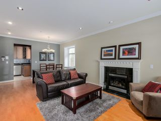Photo 4: 782 W 69TH AVENUE in Vancouver: Marpole 1/2 Duplex for sale (Vancouver West)  : MLS®# R2052954