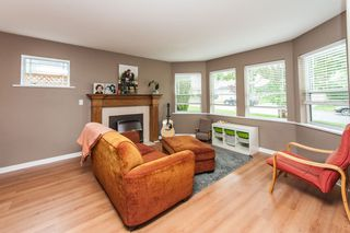 Photo 2: 8233 FUJINO STREET in Mission: Mission BC House for sale : MLS®# R2080943