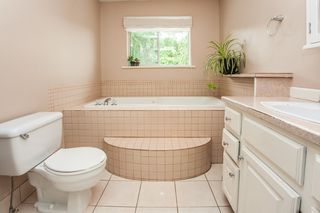 Photo 12: 8233 FUJINO STREET in Mission: Mission BC House for sale : MLS®# R2080943