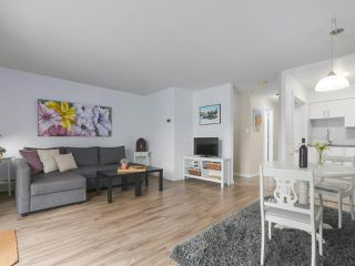 """Photo 3: 212 610 THIRD Avenue in New Westminster: Uptown NW Condo for sale in """"JAE MAR COURT"""" : MLS®# R2397804"""