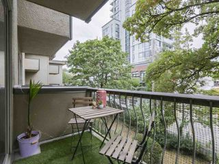 """Photo 13: 212 610 THIRD Avenue in New Westminster: Uptown NW Condo for sale in """"JAE MAR COURT"""" : MLS®# R2397804"""