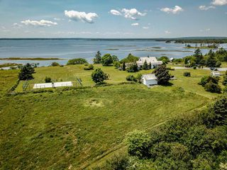Photo 4: 346 Smith Road in Voglers Cove: 405-Lunenburg County Residential for sale (South Shore)  : MLS®# 201924928