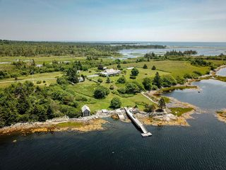Photo 6: 346 Smith Road in Voglers Cove: 405-Lunenburg County Residential for sale (South Shore)  : MLS®# 201924928