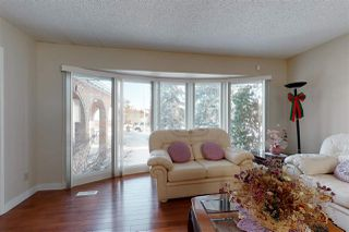 Photo 3: 11211 24 Avenue NW in Edmonton: Zone 16 House for sale : MLS®# E4194286