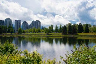 "Photo 37: 207 2959 SILVER SPRINGS Boulevard in Coquitlam: Westwood Plateau Condo for sale in ""TANTALUS"" : MLS®# R2459001"