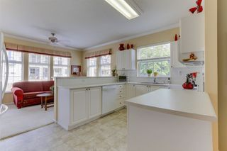 "Photo 10: 201 5555 13A Avenue in Delta: Cliff Drive Condo for sale in ""WINDSOR WOODS"" (Tsawwassen)  : MLS®# R2465619"