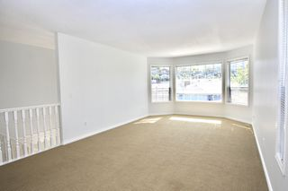 Photo 3: 35435 Lethbridge Drive in Abbotsford: Abbotsford East House for sale : MLS®# R2503747 .