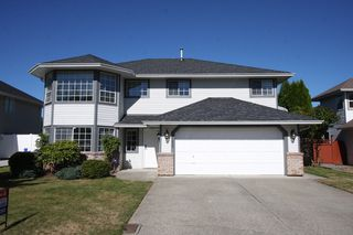 Photo 1: 35435 Lethbridge Drive in Abbotsford: Abbotsford East House for sale : MLS®# R2503747 .