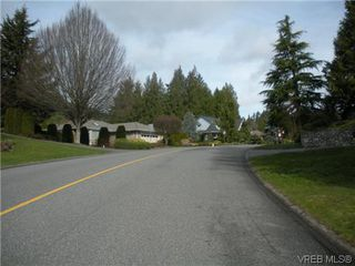 Photo 2: 1632 Barrett Dr in NORTH SAANICH: NS Dean Park House for sale (North Saanich)  : MLS®# 599205