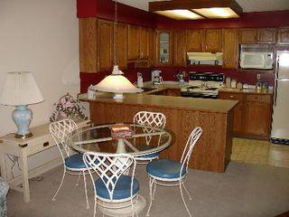 Photo 3: 217 - 11510 225TH ST in Maple Ridge: Condo for sale (Canada)  : MLS®# V593920