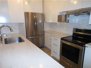 Photo 4: 8 5515 OAK Street in Vancouver: Shaughnessy Condo for sale (Vancouver West)  : MLS®# V978668