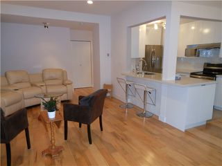 Photo 3: 8 5515 OAK Street in Vancouver: Shaughnessy Condo for sale (Vancouver West)  : MLS®# V978668