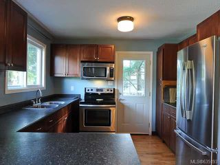 Photo 3: 1600 ROBERT LANG DRIVE in COURTENAY: Z2 Courtenay City House for sale (Zone 2 - Comox Valley)  : MLS®# 635193
