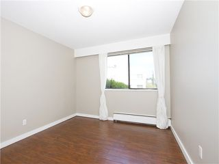 Photo 9: # 211 2040 CORNWALL AV in Vancouver: Kitsilano Condo for sale (Vancouver West)  : MLS®# V1018769