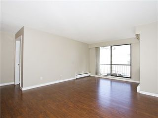 Photo 2: # 211 2040 CORNWALL AV in Vancouver: Kitsilano Condo for sale (Vancouver West)  : MLS®# V1018769