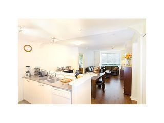 "Photo 3: 308 1111 LYNN VALLEY Road in North Vancouver: Lynn Valley Condo for sale in ""DAKOTA"" : MLS®# V1079863"