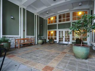"Photo 1: 308 1111 LYNN VALLEY Road in North Vancouver: Lynn Valley Condo for sale in ""DAKOTA"" : MLS®# V1079863"