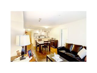 "Photo 2: 308 1111 LYNN VALLEY Road in North Vancouver: Lynn Valley Condo for sale in ""DAKOTA"" : MLS®# V1079863"