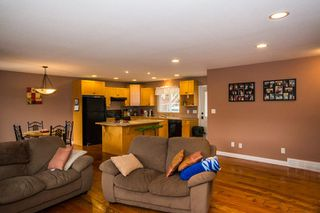 Photo 8: 2384 Mount Tuam Crescent in Blind Bay: Cedar Heights House for sale : MLS®# 10095899
