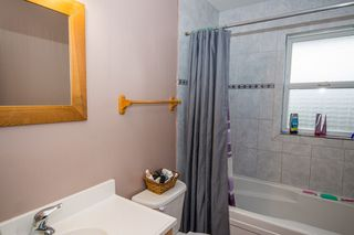Photo 17: 2384 Mount Tuam Crescent in Blind Bay: Cedar Heights House for sale : MLS®# 10095899