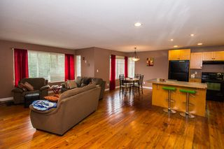 Photo 14: 2384 Mount Tuam Crescent in Blind Bay: Cedar Heights House for sale : MLS®# 10095899